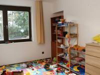 Pokoj 1.NP - herna  (Prodej domu v osobním vlastnictví 258 m², Rožmitál pod Třemšínem)