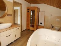 Luxusní relax pokoj ve 2.NP (Prodej domu v osobním vlastnictví 258 m², Rožmitál pod Třemšínem)