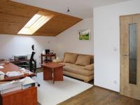 Pokoj ve 2.NP (Prodej domu v osobním vlastnictví 258 m², Rožmitál pod Třemšínem)