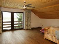Ložnice 2.NP (Prodej domu v osobním vlastnictví 258 m², Rožmitál pod Třemšínem)