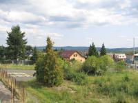 Výhled z venkovní terasy. (Prodej bytu 3+1 v osobním vlastnictví 60 m², Dobříš)