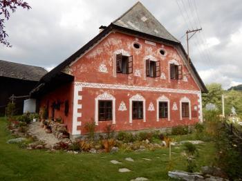 Přední část chalupy - Prodej chaty / chalupy 210 m², Zbytiny
