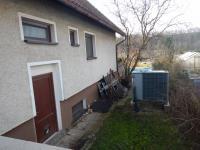 Samostatný boční vchod (Prodej domu v osobním vlastnictví 282 m², Chvatěruby)
