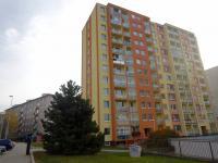 11. patrový panelový dům , ulice Pod Lipami - Prodej bytu 4+1 v osobním vlastnictví 84 m², Praha 3 - Žižkov
