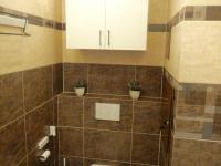 WC  - Prodej bytu 4+1 v osobním vlastnictví 84 m², Praha 3 - Žižkov