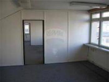 Pronájem kancelářských prostor 294 m², Praha 4 - Modřany