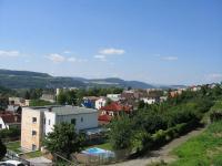 Výhled z domu. - Prodej domu v osobním vlastnictví 356 m², Beroun