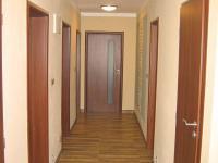 Chodba domu. - Prodej domu v osobním vlastnictví 356 m², Beroun