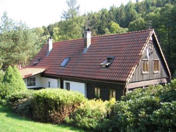 Pohled na dům. - Prodej domu v osobním vlastnictví 216 m², Jiřetín pod Jedlovou