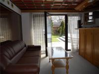 Salonek s barem a krbem (Prodej domu v osobním vlastnictví 242 m², Zbelítov)