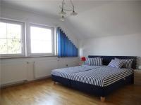 Ložnice 1 (Prodej domu v osobním vlastnictví 242 m², Zbelítov)