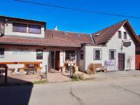 Prodej domu v osobním vlastnictví 209 m², Lštění