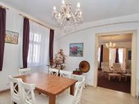 Kuchyně bytu A (Prodej domu 600 m², Tábor)