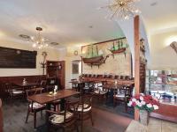 Restaurační místnost (Prodej domu 600 m², Tábor)