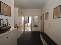 Vstupní chodba bytu B (Prodej domu 600 m², Tábor)