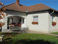 Pohled od jihovýchodu (Prodej domu v osobním vlastnictví 121 m², Krásná Hora nad Vltavou)