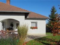 Pohled od jihu (Prodej domu v osobním vlastnictví 121 m², Krásná Hora nad Vltavou)