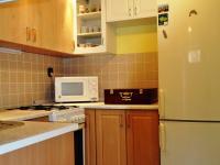 Kuchyně - suterén (Prodej domu v osobním vlastnictví 172 m², Týnec nad Sázavou)
