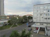 Pronájem bytu 1+kk 25 m², Praha 4 - Nusle