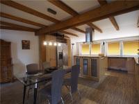 Jídelna - Prodej domu v osobním vlastnictví 386 m², Votice