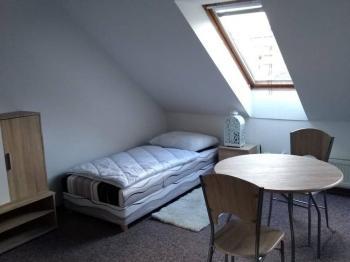 Pokoj - Pronájem bytu Garsoniéra v osobním vlastnictví 40 m², Brno