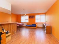 pokoj s kuchyňským koutem (Prodej bytu 2+kk v osobním vlastnictví 98 m², Plzeň)