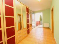 předsíň (Prodej bytu 2+kk v osobním vlastnictví 98 m², Plzeň)