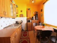 kuchyně (Prodej bytu 2+1 v osobním vlastnictví 62 m², Nýřany)
