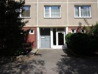 dům z venku (Prodej bytu 1+1 v osobním vlastnictví 40 m², Plzeň)
