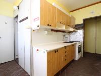 kuchyňská linka (Prodej bytu 3+1 v osobním vlastnictví 66 m², Plzeň)