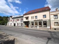 Pronájem obchodních prostor 220 m², Plzeň