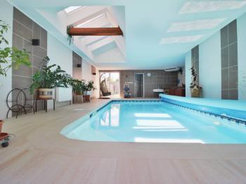 wellness - Prodej domu v osobním vlastnictví 308 m², Zbůch