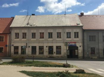 Prodej komerčního objektu 458 m², Město Touškov