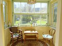 Posezení v zimní zahradě - Prodej domu v osobním vlastnictví 180 m², Teplá