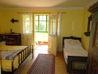 Podkroví - ložnice č.3 se zaskleným posezením - Prodej domu v osobním vlastnictví 180 m², Teplá
