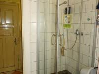 Přízemí - sprchový kout - Prodej chaty / chalupy 180 m², Teplá