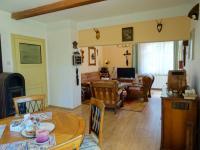 Přízemí - obývací pokoj - Prodej chaty / chalupy 180 m², Teplá