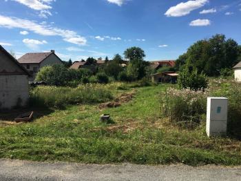 Prodej pozemku 2073 m², Měčín