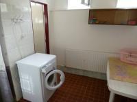 prádelna 1.NP (Prodej nájemního domu 560 m², Chroboly)