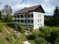 Prodej komerčního objektu 560 m², Chroboly