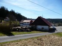 zadní pohled na dům (Prodej domu v osobním vlastnictví 140 m², Nicov)