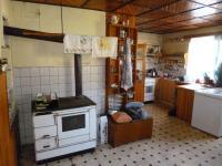 kuchyně (Prodej domu v osobním vlastnictví 140 m², Nicov)