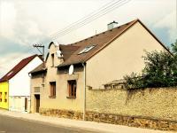 Prodej domu v osobním vlastnictví 318 m², Číčenice