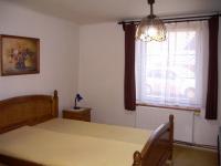 Ložnice (Prodej domu v osobním vlastnictví 85 m², Zlukov)