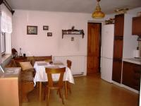 Kuchyně s jídelnou (Prodej domu v osobním vlastnictví 85 m², Zlukov)