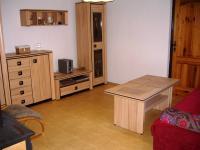 Pokoj s krbovými kamny (Prodej domu v osobním vlastnictví 85 m², Zlukov)