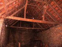 Krov stodola - Prodej domu v osobním vlastnictví 96 m², Myslkovice