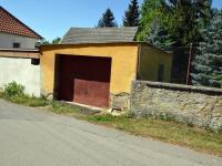 Možno dokoupit garáž (Prodej domu v osobním vlastnictví 200 m², Střelské Hoštice)