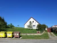 Pohled z ulice (Prodej domu v osobním vlastnictví 384 m², Lodhéřov)