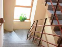 Hlavní schodiště. - Prodej domu v osobním vlastnictví 520 m², Milevsko